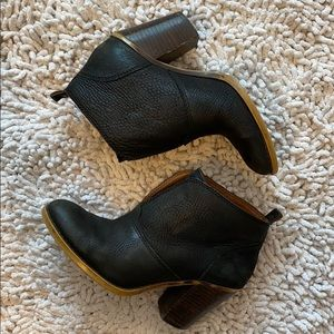 Lucky Brand Black Leather Ankle Booties 6.5